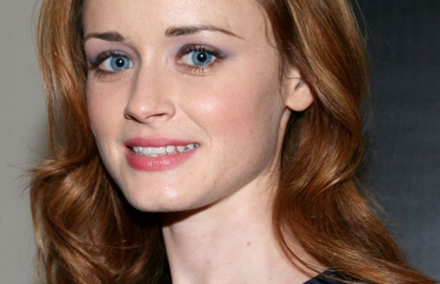 Alexis-Bledel_conspirator_premiere_after_party_at_the_vitaminwater_backyard_during_35th_tiff