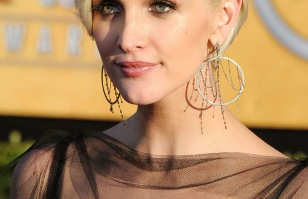 SAG-Awards-2012-Ashlee-Simpson