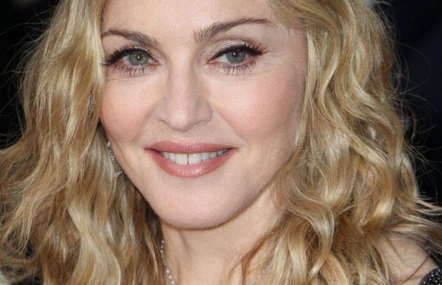 Golden-Globes-2012-Madonna