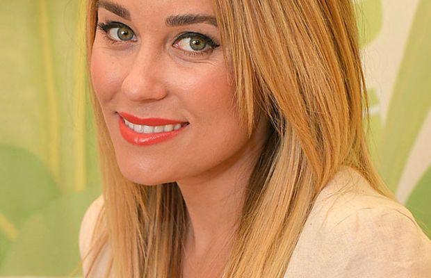 Lauren Conrad orange lipstick