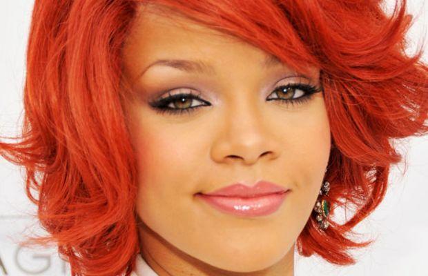 Rihanna-Billboard-Music-Awards-2011