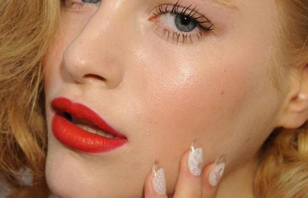 Joy-Cioci-Spring-2012-beauty