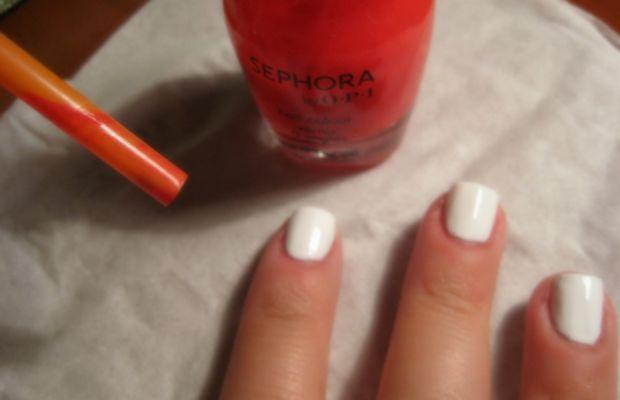 Blood splatter manicure - step 2