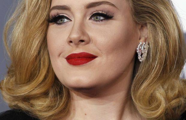 Grammy-Awards-2012-Adele