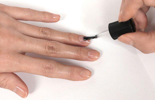 Heart manicure tutorial - step 2
