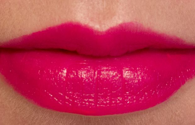 Joe Fresh Long Wear Liquid Lipstick in Fuchsia (swatch)
