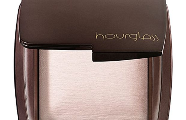 Hourglass Ambient Lighting Powder in Ethereal Light