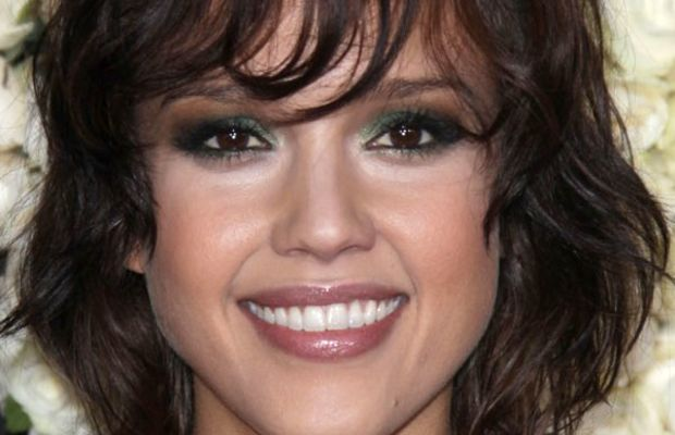 Jessica Alba oval face bangs