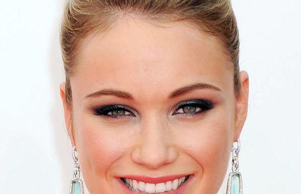 Katrina Bowden - Emmys 2013