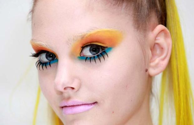 Jeremy-Scott-Fall-2011-makeup