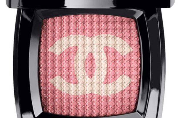 Chanel-Poudre-Tissee-in-Brompton-Road