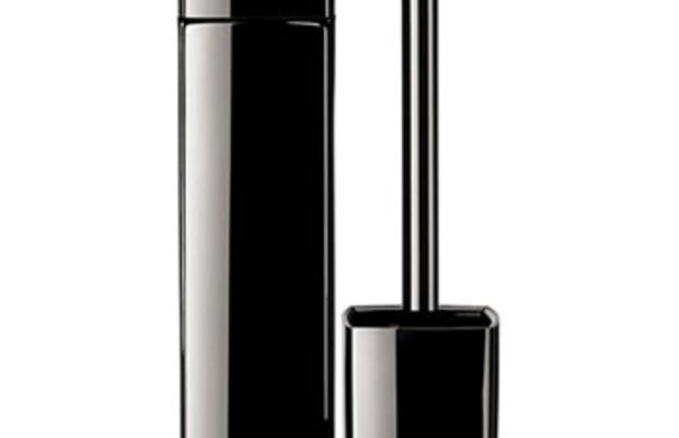 Chanel-Rouge-Allure-Extrait-de-Gloss-Pure-Shine-Intense-Colour-Long-Wear-Lip-Gloss-in-Triomphal