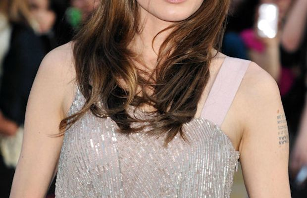 Angelina-Jolie-London-Salt-premiere