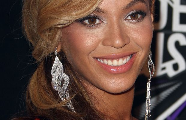 Beyonce Knowles, MTV Video Music Awards, 2011