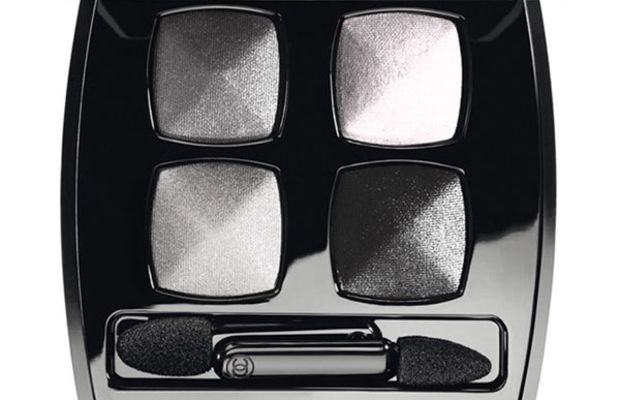 Chanel Les 4 Ombres Quadra Eyeshadow in 93 Smoky Eyes