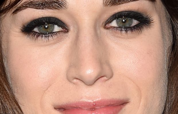 Lizzy Caplan, ELLE Women in Hollywood Awards, 2014