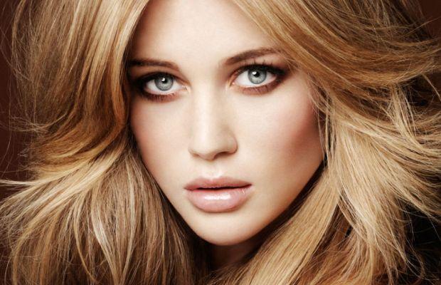 Beige blonde hair colour