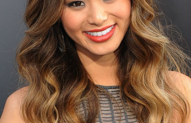 Jamie Chung long wavy hairstyle