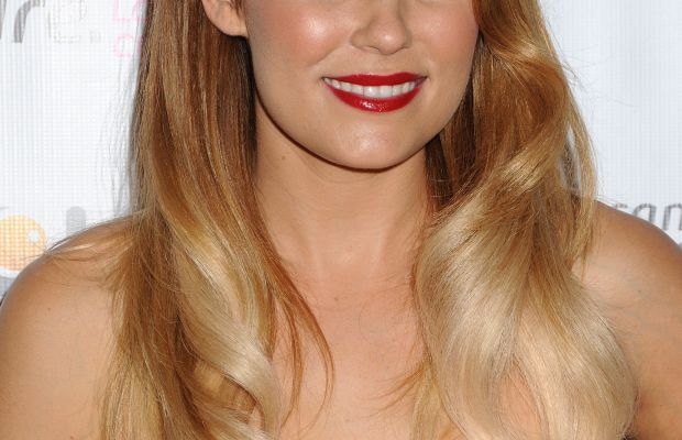 the best hairstyles for long wavy hair beautyeditor