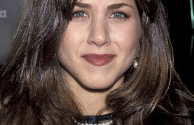Jennifer Aniston 90s lipstick