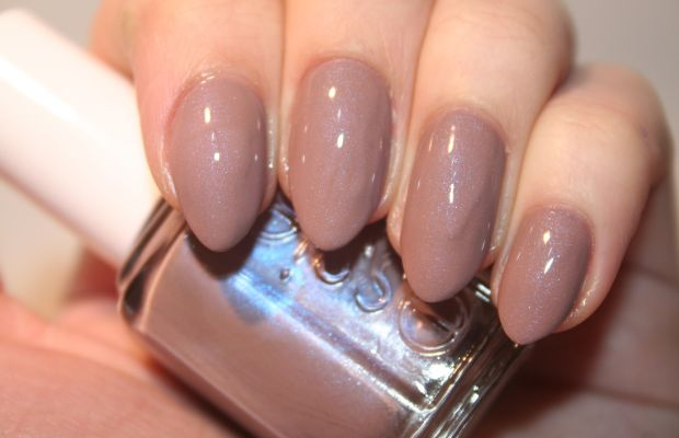 Essie Comfy In Cashmere (shiny)