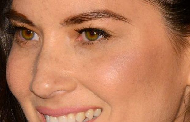 Olivia Munn, Vanity Fair Oscar party, 2015