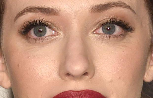 Kat Dennings, Vanity Fair Oscar party, 2015