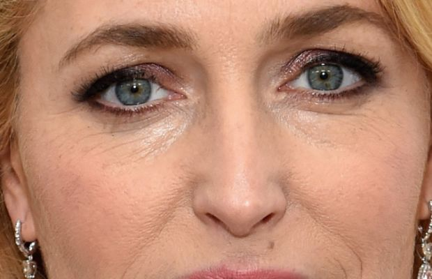 Gillian Anderson, Elton John AIDS Foundation Academy Awards viewing party, 2015