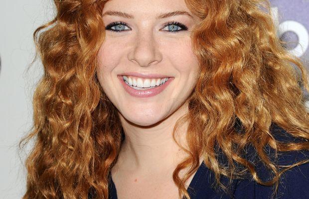 Rachelle Lefevre long curly hair