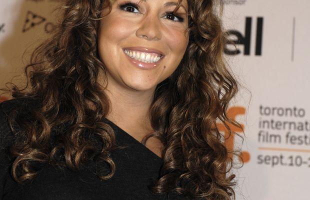 Mariah Carey long curly hair