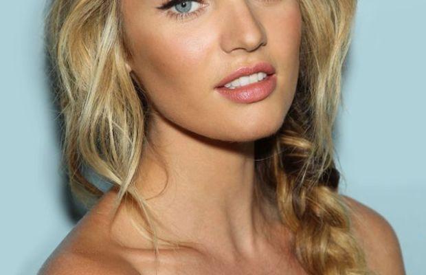 Candice Swanepoel loose braid