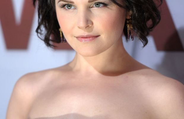 Ginnifer Goodwin, CMA Awards 2011