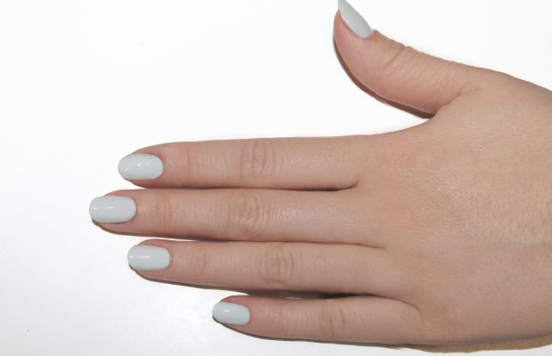 Eggshell nail art step 2