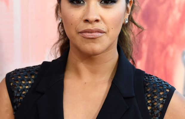 Gina Rodriguez, iHeartRadio Music Awards 2015