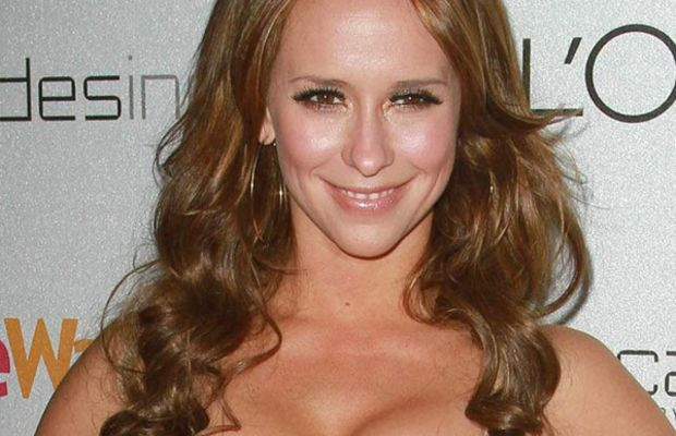 Jennifer-Love-Hewitt-People-StyleWatch-A-Night-Of-Red-Carpet-Style