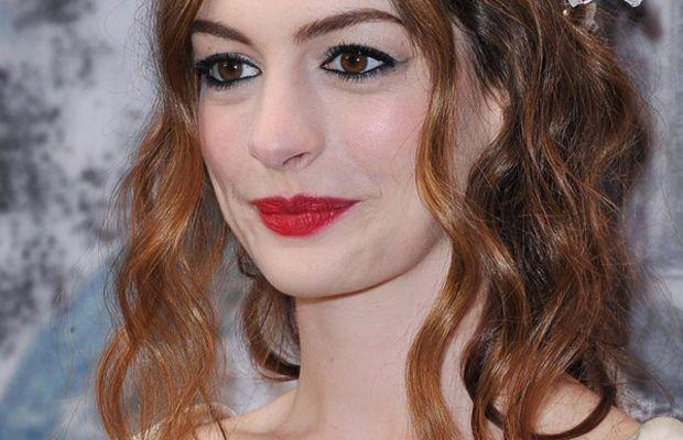 Anne-Hathaway-White-Fairytale-Love-Ball-2011