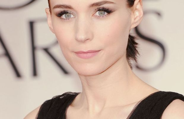 Golden-Globes-2012-Rooney-Mara