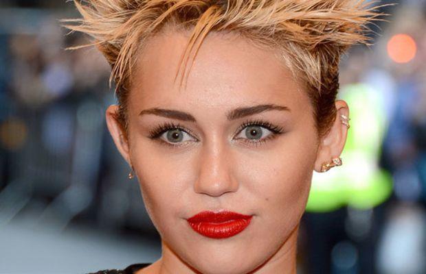 Miley Cyrus - Met Ball 2013