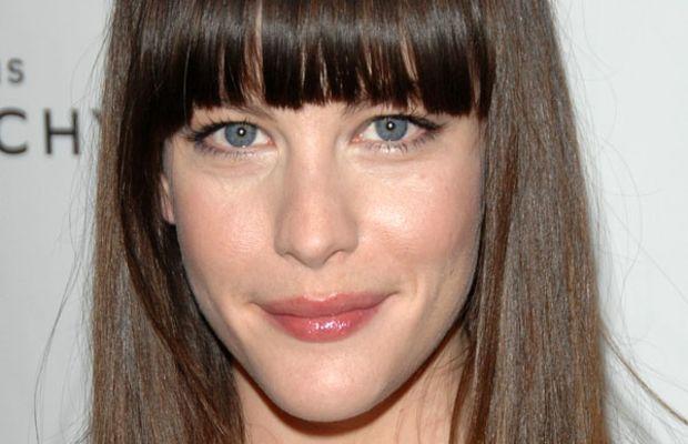 Liv Tyler long face bangs