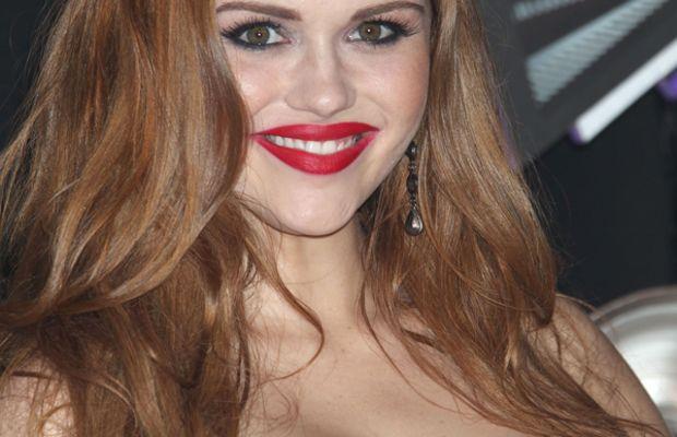 Holland Roden - MTV Video Music Awards - 2011