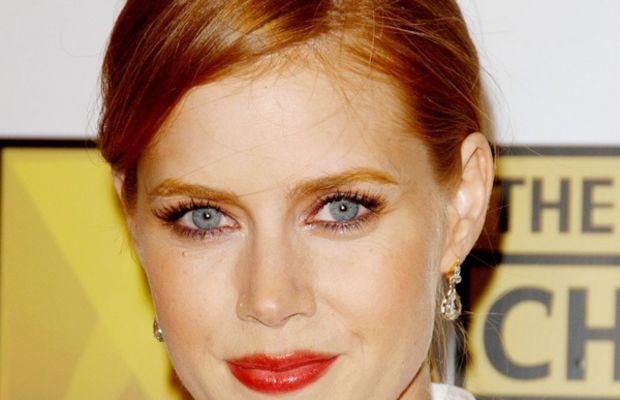 Amy-Adams-red-lips
