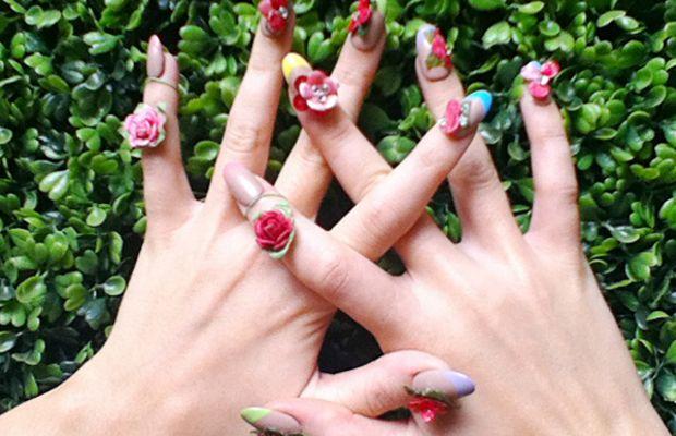 Katy Perry 3D nail art