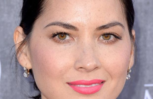 Olivia Munn, Academy of Country Music Awards, 2014