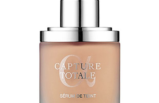 Dior Capture Totale Foundation in Light Beige 020