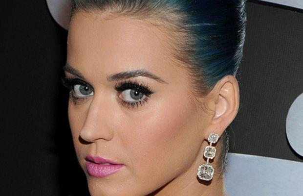 Grammy-Awards-2012-Katy-Perry