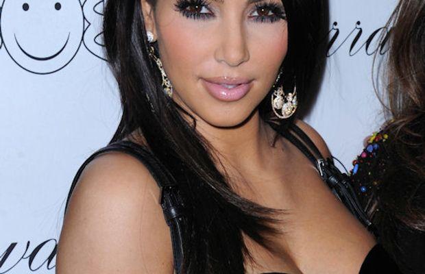 Kim-Kardashian-Nov-2010
