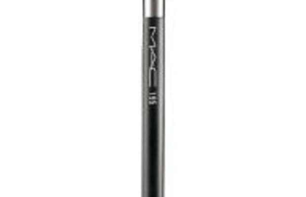 MAC-Concealer-brush
