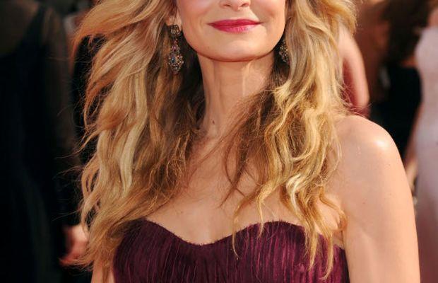 Kyra-Sedgwick-2010-Emmys