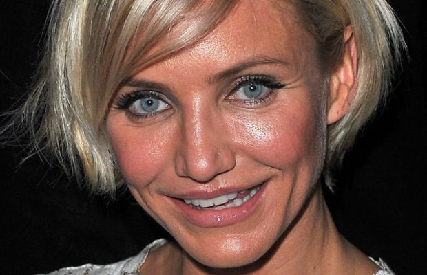 Cameron-Diaz-bob-hairstyle-Valentino-Haute-Couture-SS12