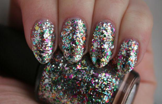 OPI Spotlight on Glitter - Chasing Rainbows